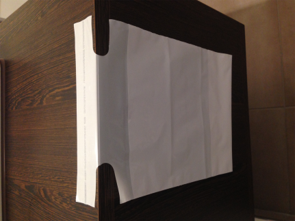 Nachttischbeutel mit Klebestreifen LDPE weiss, 35 my, 200 x 240 + 60 mm