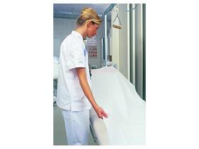 """Liegenabdeckung """"Unisan"""" 59 cm x 150 m 1 Lage Tissue mit PE-Folie beschichtet"""